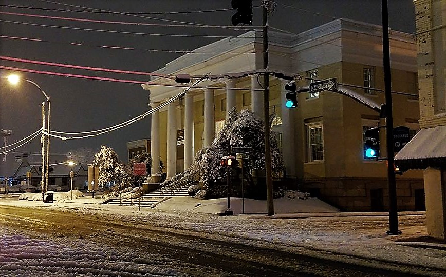 Marietta Cobb Museum of Art - snowy night